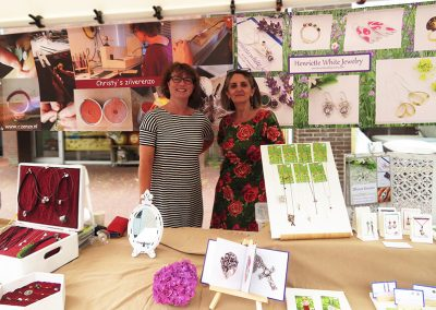 With Christy at our stall.  \  Met Christy bij onze kraam.